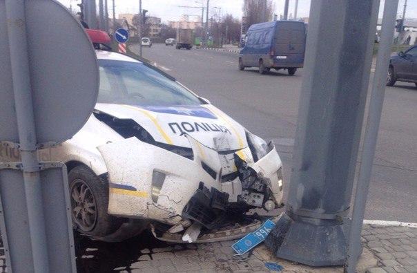 Прокуратура расследует факт смертельного ДТП с участием патрульного автомобиля в Харькове - Цензор.НЕТ 9399